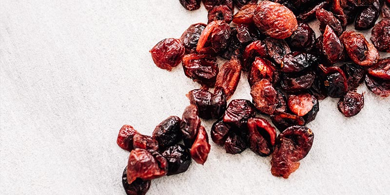 dried-cranberries-no-added-sugar-canneberges-sechees-sans-sucre-ajoute-gros-plan-zoom